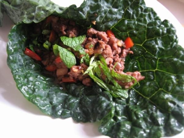 thai lamb green wraps close up